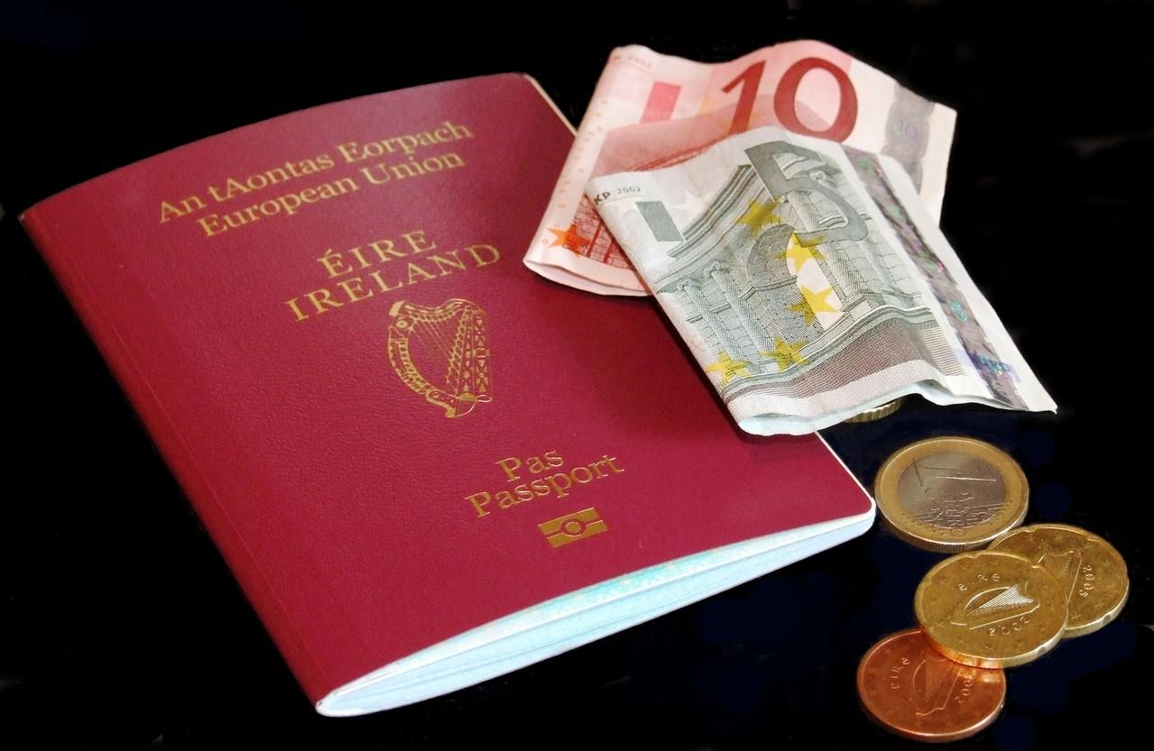 Planujesz wycieczkę zagraniczną? Sprawdź, jakie dokumenty będą Ci potrzebne!